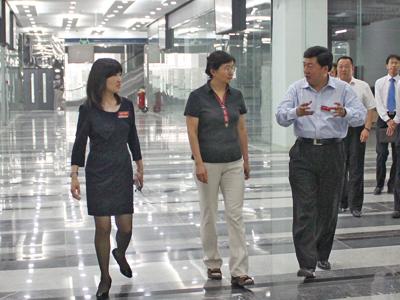 北京市海淀区副区长陈双视察大钟寺中坤广场