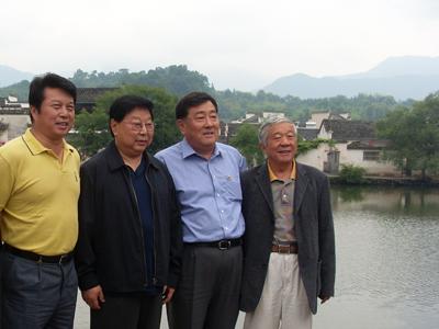 全国政协副主席郑万通视察宏村景区