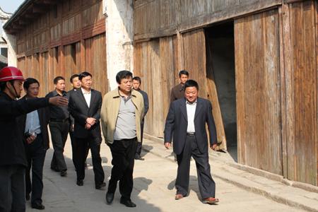 安徽省副省长赵树丛在孔城古镇指导工作