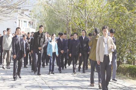 全国人大常委会副委员长王兆国莅临宏村视察指导工作