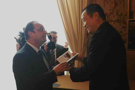 黄怒波董事长携法国诺奖诗人旧照亮相巴黎 促进中法文化交流