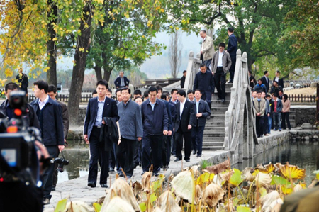 原全国政协主席贾庆林视察宏村景区