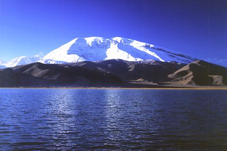 中坤集团南疆板块积极筹建5A级旅游景区