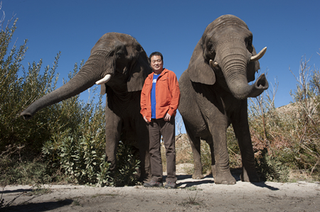 Chairman Huang Nubo Jointly Signed Declaration of Refusing Ivory Products with Well-known Entrepreneurs and Scholars